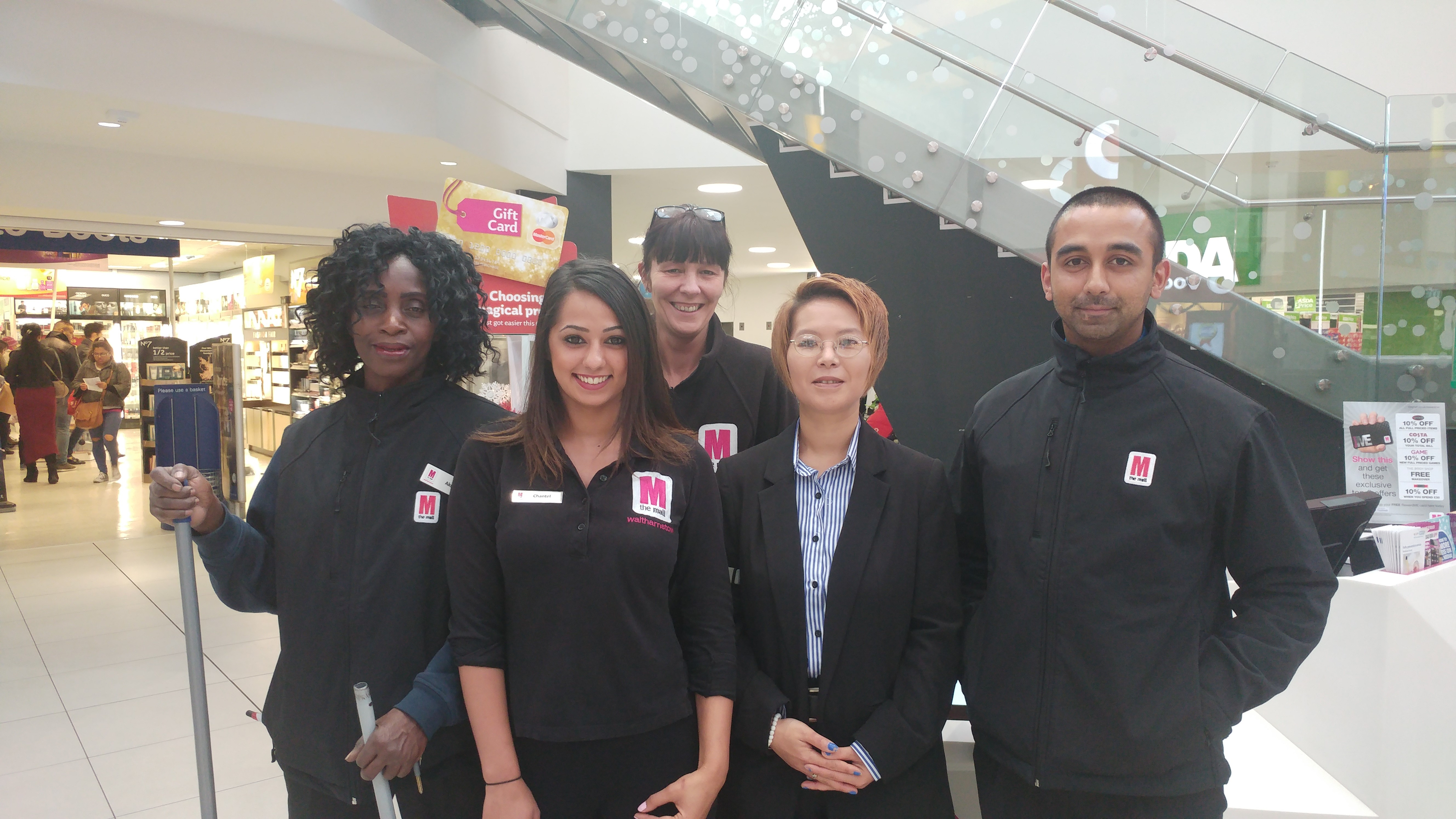 The Mall Walthamstow achieves WorldHost recognition for excellent customer service