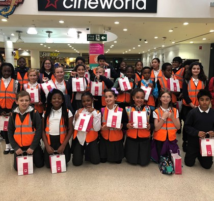 Tiverton Primary School takes over The Mall!