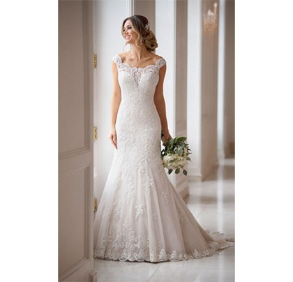 Princess wedding dress with off the shoulder sleeve